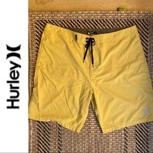 Hurley Lightweight BoardShorts 36 Mustard Yellow